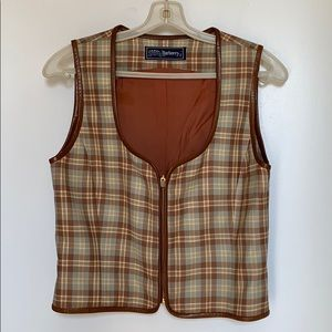 Pre owned Burberry size 4 leather trim vest